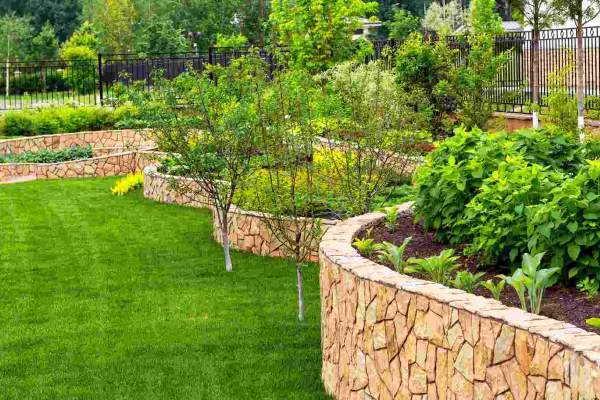 Public Gardens - example of Commercial Garden Maintenance - Professional Gardeners Derby